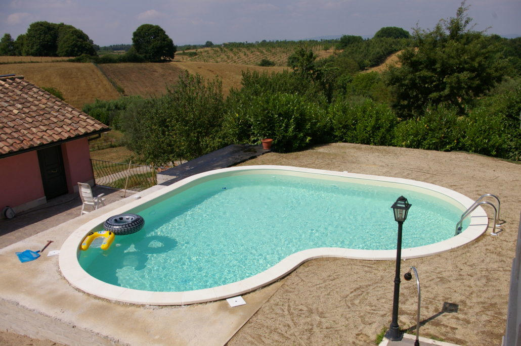 Piscine interrate anche per piccoli giardini beautypool - Foto piscine interrate ...